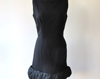1960s Ruffle Bottom Dress