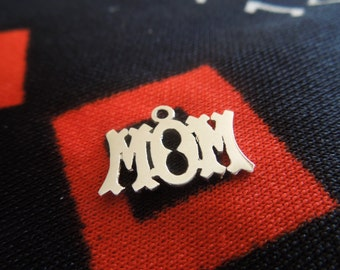 Sterling Mom Charm Figural Sterling Silver Mom Charm for Bracelet from Charmhuntress 01458