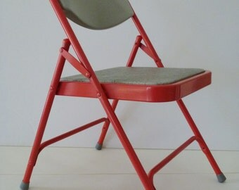 Red Metal Folding Chairs