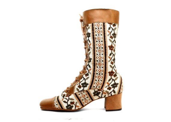 us 8 70 s floral tapestry boots by laukatcouture on etsy