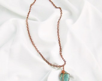 Green Agate Stone Wire Wrapped Necklace in Copper