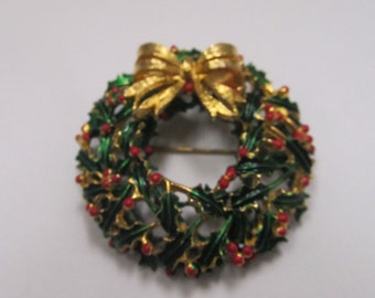 Weiss Enameled Holliday Wreath Brooch W-#425