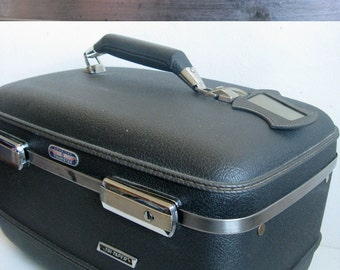 Vintage 1970s Bag American Tourister Dark Gray Hard Carry All Case