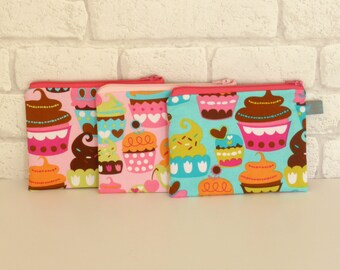 SALE !! Cupcake themed Cosmetic Pouch / makeup pouch