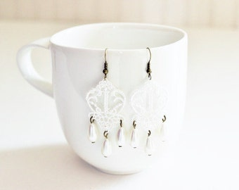 White Lace Pearl Earrings