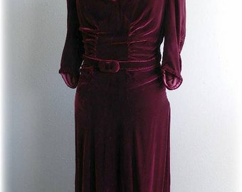 1940's Hollywood Style Burgundy Velvet Plus Size Vintage Evening Dress