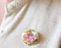 vintage 1960s Fragonard brooch // 60s ceramic romantic rococo brooch