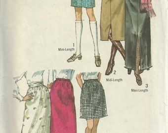 Vintage 1970s Simplicity 9099 Sewing Pattern - 1970s skirt pattern