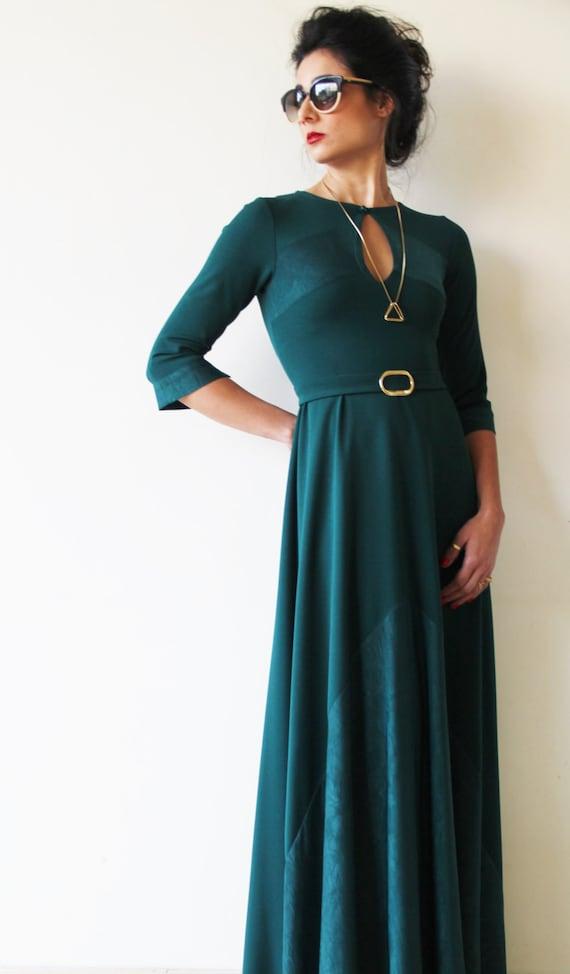 Items similar to Green Maxi Dress / Long Sleeves Dress / V ...