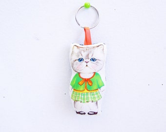 Key chain made of fabric kitty doll.