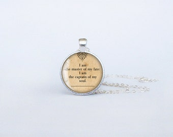 Master of my fate necklace captain of my soul pendant Invictus jewelry Henley poetry famos quotes birthday gift key ring motivational cs153