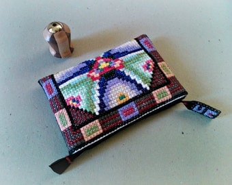 Made to order: Mystical sign Purse Tote Bag hand embroidered, One of a kind design, Medium Clutch / Birthday / Special day