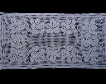 Vintage handmade crocheted tablerunner -- white with vine leaves and grapes -- 32x15 inches / 82x38 cm