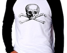 Skull And Crossbones Pirate Poison Vintage Art Mens Ethically Produced Cotton Long Sleeve Baseball Top T-Shirt *Black Blue Or Red*