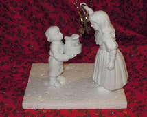 SALE!!!!   A Christmas Kiss Dept 56 Winter Silhouette