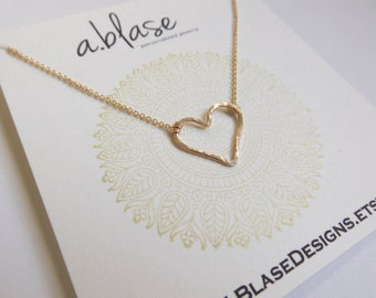 Gold Hammered Heart Necklace // Cable Chain