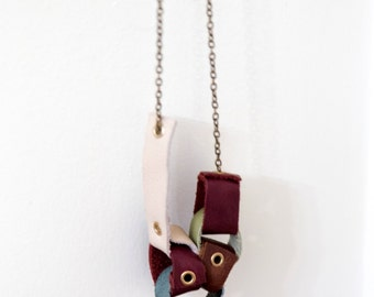 Reconstructed Leather Part Paper Chain Necklace