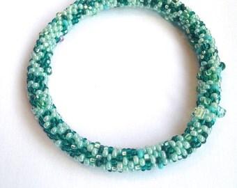 Bead Crochet Bracelet in Seafoam and Emerald