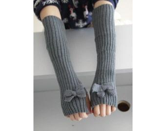 Grey Bow knit  Women Gloves,Arm Warmers, Cable Knit Fingerless Gloves ,Light Gray Crochet Patterns,Fall /Winter Mittens,Wrist Warmers#6010