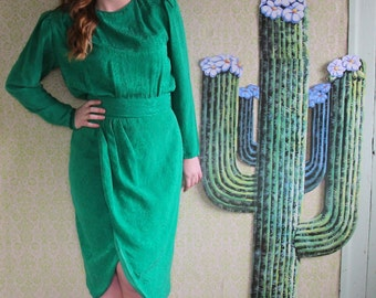 Vintage Green Paisley Dress with Puffed Sleeves - 1980's - Size 6