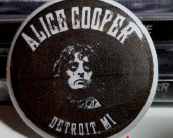 Alice Cooper - Detroit Metal Horror Button Pin Badge