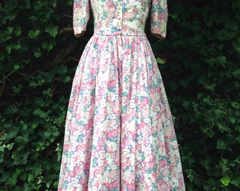 Vintage LAURA ASHLEY Floral Day Dress – Size 8-10
