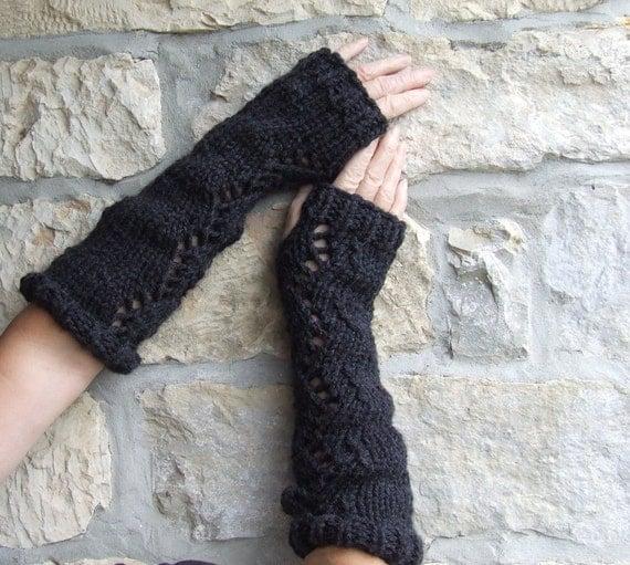 Chunky Knit Fingerless Gloves Pattern : Fingerless gloves arm warmers Chunky knit gloves Ladies