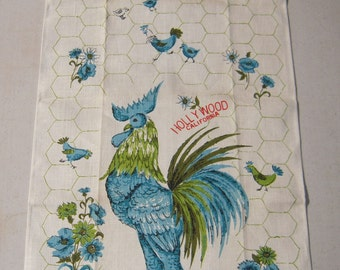 Vintage Towel Hollywood Rooster & Chickens in the Yard MWT