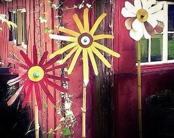 Tin garden flower - salvaged handmade yard art