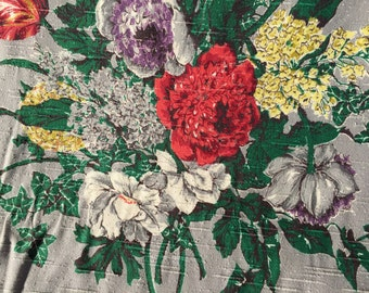 """1940's Covington """"ROMNEY"""" Multi Floral Shantung Bouquet on Silver Ground//Rayon & Cotton Yardage//Medium Weight//New Old Stock"""