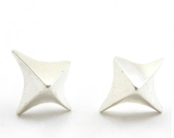 True North Silver stud earrings   silver star earrings   Silver post earrings   Stud earrings true north   compass point earrings   sobriety