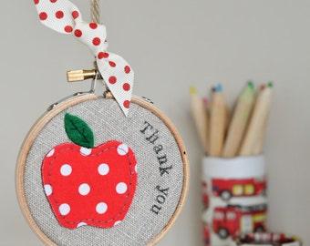 Teacher thank you gift, teacher present, teacher apple, appreciation gift, class of 2017, end of term teacher gift, nursery gift