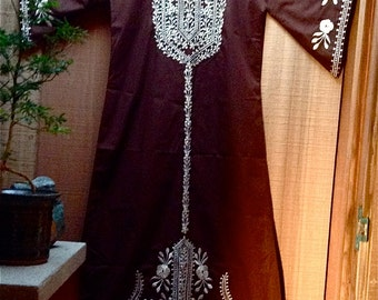 SALE: Lovely Kimono Caftan in a Rich Brown Poly-Cotton Enhanced With White Embroidery Vintage 70s