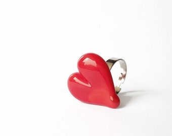 Heart ring - Bright red lampwork glass heart ring