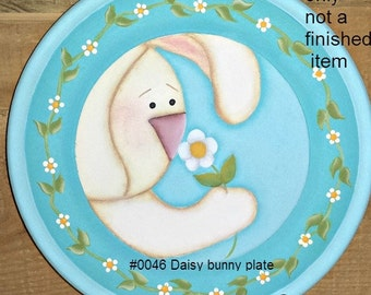 EPATTERN #0046 Daisy Bunny Plate, paint your own, digital download, bunny pattern, painting pattern, decorative painting, folk art pattern