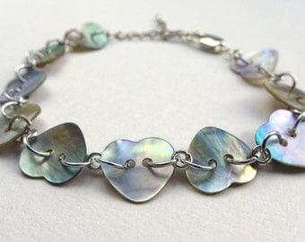 Heart Button Bracelet, Mother of Pearl Love-Heart Bracelet