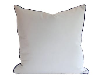 Design your own Linen Pillow with Piping