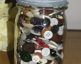 Vintage Kerr Jar of Vintage Assotred Buttons Mason Pint jar with zinc lid