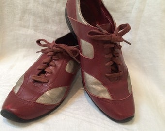 Maroon &  Silver 90's Spectator Shoes by Kenneth Cole Women's Size 7 1/2 M