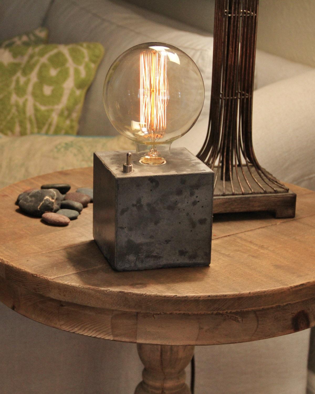 Concrete cube desk lamp edison lamp for Diy concrete lamp