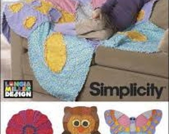 Simplicity 2935 Cotton flannel Rag Quilts a flower, butterfly and owl. New and uncut.