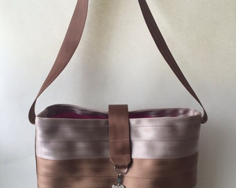 Seatbelt tote/diaper bag/swim bag/sports bag with PUL lining - large size