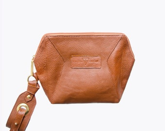 "Vegetable tanned leather clutch - ""Laureana"" Brown"