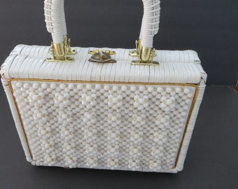 Vintage White Beaded Wicker Handbag - 1950s Rattan Purse - Made in Hong Kong - Summer Fashion Accessories - Gift Idea - Costume Easter Purse