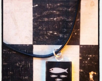 "necklace  ""skate"" -"