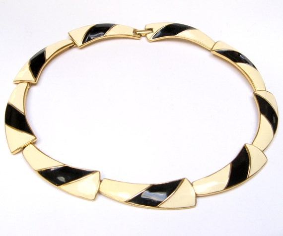 VINTAGE TRIFARI Signed Enamel NECKLACE Black and White Choker Enameled Cream Ivory Gold Elegant