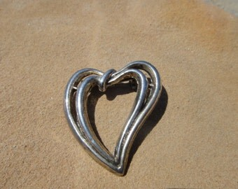 Vintage HEART LOve Pendant Brooch Pin Signed AAI Brooch Pendant