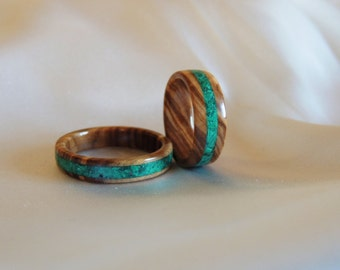 Olive wood Ring Set, Wood Wedding Bands, Malachite inlay,