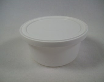 Lot of Six - 4 oz. White Plastic Container with Lid