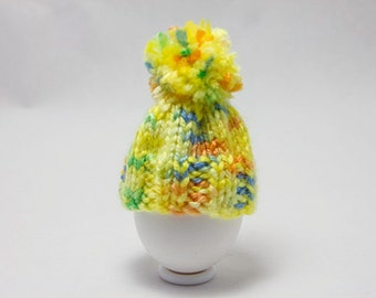 Egg cosy, egg warmers, egg hat